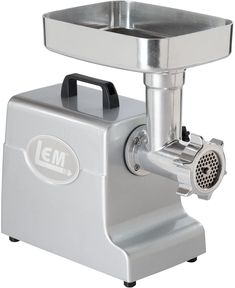 A meat menu needs meats, bones, spices, and perfect cooking. With the best meat grinder for bones, half of the job is complete. Blender Food Processor, Food Processor Recipes, Bratwurst Sausage, Sausages, Best Espresso Machine, Types Of Meat, Best Meat, How To Make Sausage, Dog Food Recipes