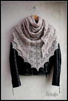 Fallen Roses by Majken Hertz. malabrigo Lace in pearl colorway. Shawl.