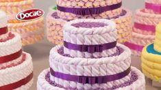 Aprenda a fazer um lindo bolo decorativo de MaxMallows! Com criatividade e com as técnicas apresentadas no vídeo, você vai surpreender seus convidados com um...
