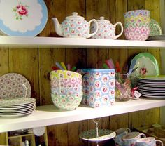 I can't wait to move out and decorate my kitchen with all things Cath kidston!