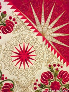 close up, Memories of Scarlet Serenade by Sharon Schamber, 2013 Houston IQF, photo by Quilt Inspiration