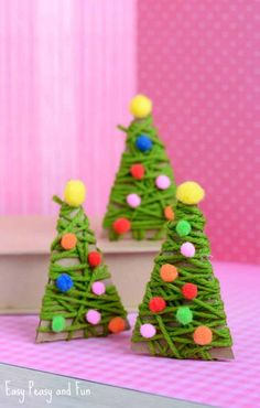 Festive Christmas Crafts For Kids - Tons Of Art And Crafting Ideas . Festive Christmas Crafts for Kids - Tons of Art and Crafting Ideas christmas kids craft diy elementary kids - Kids Crafts Creative Christmas Trees, Christmas Decorations For Kids, Diy Christmas Tree, Kids Christmas, Childrens Christmas, Tree Decorations, Homemade Christmas, Handprint Christmas Tree, Christmas Ornament Crafts