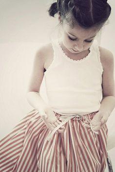 Le Carrousel été 2013 / Striped skirt for little girls Fashion Kids, Little Girl Fashion, Stylish Kids, Kids Wear, Cute Kids, Kids Outfits, Spring, Clothes, Cherubs