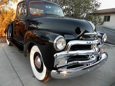 Chevrolet : Other Pickups 3100 1954 Chevy 3100 Sho - http://www.legendaryfinds.com/chevrolet-other-pickups-3100-1954-chevy-3100-sho/
