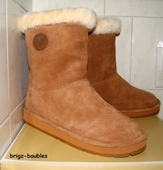 100% NIB Authentic Michael KORS Shearling WINTER MID BOOT Sz 8 - SOLD!!!!#MichaelKors #MidCalfBoots #Casual