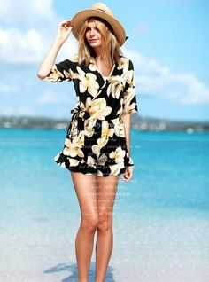 37ed79c3434e This jumpsuit with flower printed