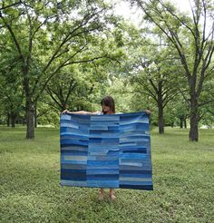 Maura Grace Ambrose is a hand-quilter who is all about taking patchworking back to its roots