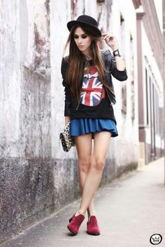 Wearing the british flag might be a little too tourist-y for me, but this is super cute. :)
