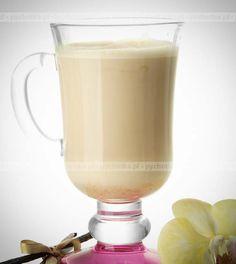 Kotajl z mleka, miodu i soku cytrynowego Hurricane Glass, Glass Of Milk, Favorite Recipes, Drinks, Cooking, Tableware, Drinking, Kitchen, Beverages