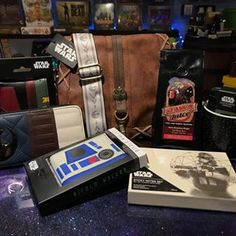 @happypiranha • Instagram photos and videos Star Wars Characters, Messenger Bag, Satchel, Photo And Video, Stars, Videos, Happy, Photos, Instagram