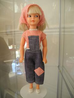 Patch was Sindy's little sister and my favourite doll.