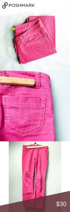 Pink Color Pop Skinny Jeans Super trendy color pop skinny jeans, in a fun, bright pink are an excellent addition to any wardrobe! This pair is in excellent pre-loved condition.  ✅Offers On Items Over $10 ✅Bundle & Save Trades Off-Posh Modeling  Shop with ease; I'm a Suggested User. Aeropostale Jeans Skinny