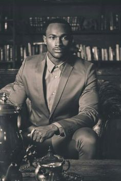 XXX Best Places To Live, Mens Fashion, African Americans, Hearts, Fictional Characters, Style, Moda Masculina, Swag, Man Fashion