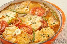 Cação ao molho especial Fish Recipes, Baby Food Recipes, Keto Recipes, Healthy Recipes, Food Porn, Portuguese Recipes, Portuguese Food, Morning Food, Fish Dishes