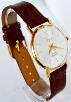 Herren Vergoldete Armbanduhr LUCH, USSR 1960 Luxus #herrenuhren #armbanduhr #gold #geschenk ihn #geschichte #sammlerstück #luxus #hipster #antike uhr #ussr #luch #deluxe #fathersday #casual #elegante