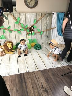 Lion King Birthday, Baby Boy 1st Birthday, Boy Birthday Parties, Safari Theme Birthday, Safari Party, Safari Photo Booth, 1st Birthday Photoshoot, Samana, Decoration
