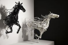 Artist Creates Dynamic, Environmentally Friendly Animal Sculptures Using Recycled Materials