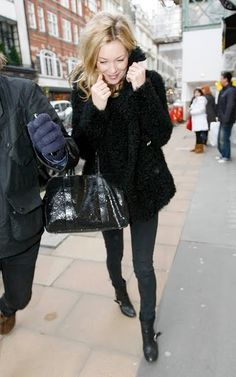 259cc12fb553 Kate Moss street style Moss London, Kate Moss Style, Cute Coats, Star  Fashion