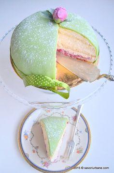 Prajitura Verdens Beste - cea mai buna din lume   Savori Urbane Cake Bars, Watermelon, Panna Cotta, Food And Drink, Sweets, Ethnic Recipes, Desserts, Cakes, Tailgate Desserts