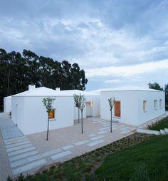 House in Belas by Chp Arquitectos, Mafalda Neto Rebelo, Afonso Almeida Fernandes