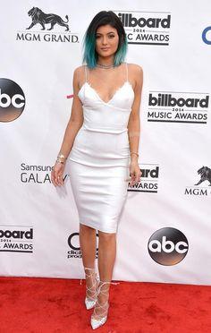 Conheça tudo sobre o estilo da linda Kylie Jenner, a irmã mais nova do clã Kardashian-Jenner.