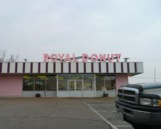 Danville, IL Royal Donut by army.arch, via Flickr