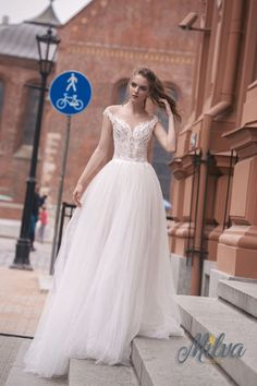Off the shoulder fully embellishment ball gown wedding dress #wedding #weddingdress #weddinggown