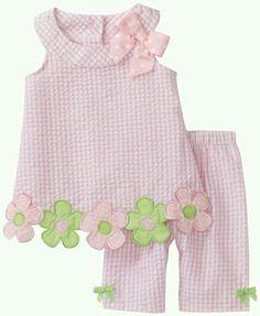 Bonnie Baby Baby-girls Infant Flower Applique Seersucker Capri Set Inspiration only. Little Dresses, Little Girl Dresses, Sewing For Kids, Baby Sewing, Fashion Kids, Toddler Outfits, Kids Outfits, Seersucker, Kind Mode