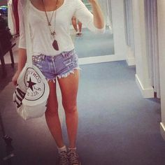 Long necklaces, high waisted shorts and white tops <3