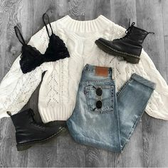 Swipe right to see all 10 outfits 🌹 Saturday inspo! Which look is your favorite? Source by outfits Teenage Outfits, Teen Fashion Outfits, College Outfits, Look Fashion, Outfits For Teens, Fashion Pics, Jean Outfits, Women's Fashion, Indie Outfits
