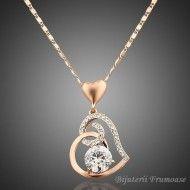 Colier inima cu cristal http://www.bijuteriifrumoase.ro/cumpara/colier-inima-cu-cristal-147