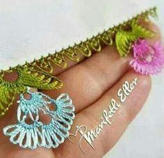 Crochet Unique, Free Crochet, Diy Yarn Holder, Vintage Suitcase Table, Bralette Pattern, Needle Tatting, Needle Lace, Pet Mat, Lace Making