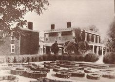 VARINA PLANTATION, Henrico County, Virgina.  Original home of John Rolfe, built in 1619.  Later home of A.M. Aiken and renamed Aiken's Landing. http://barrchrismancunninghamakinancestry.blogspot.com/