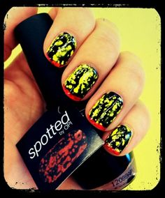 Sunday Nail Battle : Summer nails. Black Spotted OPI & neon picture polish