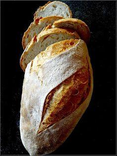 pizzakövön sült kenyér Serbian Recipes, Mint, Bread, Food, Brot, Essen, Baking, Meals, Breads