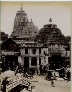 Old picture of Jagannath Temple at Puri, Orissa Jagannath Temple Puri, Lord Jagannath, Boat Wallpaper, Indian Temple Architecture, Archaeological Survey Of India, States Of India, Vintage India, Krishna Photos, Hindu Temple