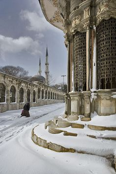 Not to many tourists in winter, but look how beautiful it is by the Topkapi Palace when a rare snowfall happens.(Turkey)