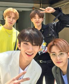 Listen to every Seventeen track @ Iomoio Woozi, Jeonghan, Wonwoo, The8, Seungkwan, Vernon, Joshua Seventeen, Seventeen Album, Seventeen Hoshi