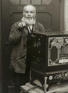 August Sander. Organ Grinder. 1937