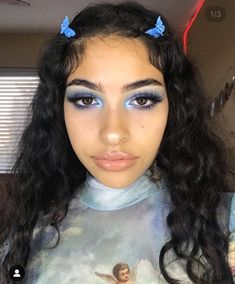 butterfly clips are back - Gucci Makeup - Ideas of Gucci Makeup - butterfly clips are back Cute Makeup, Pretty Makeup, Makeup Looks, Skin Makeup, Beauty Makeup, Hair Beauty, Makeup Style, Sultry Makeup, Aesthetic Hair