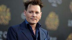 Johnny Depp sumó otro mal trago a su peor momento   Johnny Depp (53) atraviesa series problemas financieros. Todo comenzó el año pasado, cuando el actor denunció al grupo que manejaba su economía ... http://sientemendoza.com/2017/02/08/johnny-depp-sumo-otro-mal-trago-a-su-peor-momento/