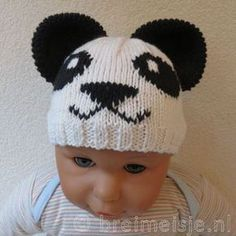 Muts panda breien patroon Wraps, Market Bag, Knitting For Kids, Knitting Patterns, Knitting Ideas, Winter Hats, Crochet Hats, Beanie, Creative