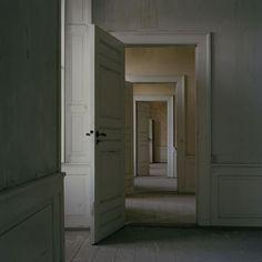 likeafieldmouse:  Trine Sondergaard- Interiors (2007-12)  Dang, this is nice.