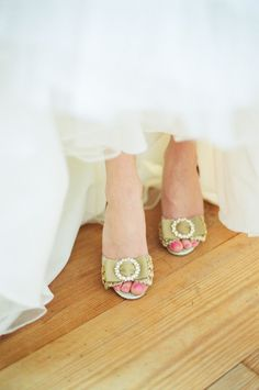 Pretty bow peep toe shoes from BHLDN (Photo by Emily Steffen)