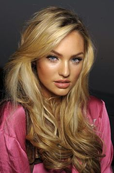 Candice Swanepoel - lovely hair and Victoria's Secret make-up