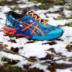#shoes #sneakerholics #sneakershouts #sneakers #asics #asicsgel #noosa #trip #sport #sportstyle #training #jogging #colour #kids #woman #style