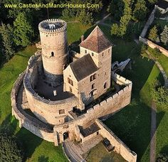 Bedzin Castle, Bedzin, Zagłębie Dąbrowskie, Poland...   http://www.castlesandmanorhouses.com    ...    This stone castle dates from the 14th century. It was preceeded by a wooden fortification erected in the 11th century. The castle was an important fortification in the Kingdom of Poland and later in the Polish-Lithuanian Commonwealth.