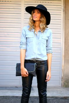http://stylelovely.com/themidniteblues/2014/10/30/comfy-classic/ hat, big hat, sombrero, denim, jeans, leather pants, pants, piel, pantalones, clutch, classic, curls, model, fit, body, californian highlights, blonde, wiw, style, street style, estilo, moda, blog, blogger, fashion blog, trend, tendencia, wiw, look, lookbook, lookf of the day, inspiration, girl, barcelona, bologna, italy,