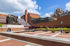 The national library of the U.K. and one of the largest libraries in the world, the British Library houses such spectacular and rare volumes as a vellum copy of the Gutenberg Bible and two 15th-century editions of Chaucer's Canterbury Tales, and original Beatles song sheets. The library building itself has been given Grade I architectural status.