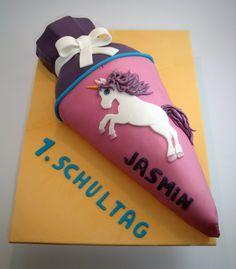 day of school – day of school – # 1 day of school - Grundschule 1st Day Of School, Back To School, Fondant, School Cake, 1 Day, School Parties, Drink Sleeves, Kids, Jasmin